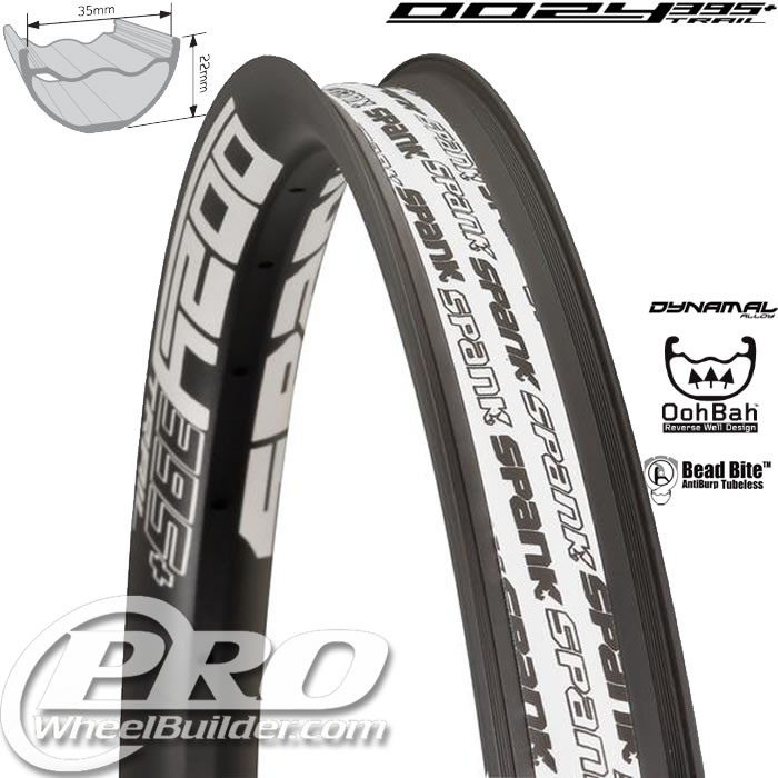 SPANK OOZY TRAIL 395+ BLACK WITH WHITE DECAL 29 IN RIM