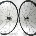 chris king classic blk hubs h plus son archetype blk rims dt competition blk spokes 1