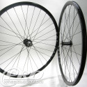 chris king classic blk hubs h plus son archetype blk rims dt competition blk spokes 3
