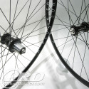 chris king classic blk hubs h plus son archetype blk rims dt competition blk spokes 4