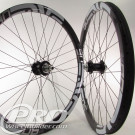 enve m 90 10 white rims hadley black hubs sapim race black spokes 3